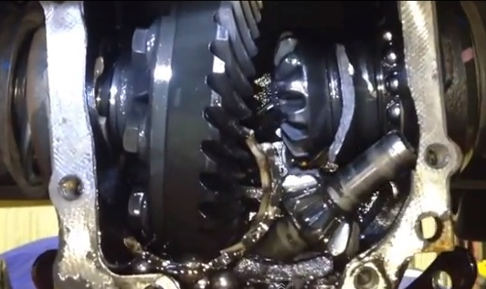 Bmw X5 Rear Differential Banging Noises And Whine Problems